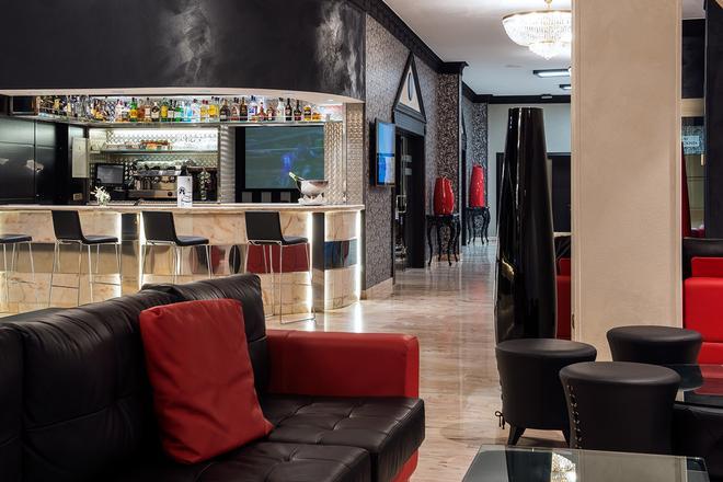 马拉加中心塞勒斯酒店 - 马拉加 - 酒吧