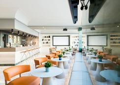佩雷四世萨勒酒店 - 巴塞罗那 - 酒吧
