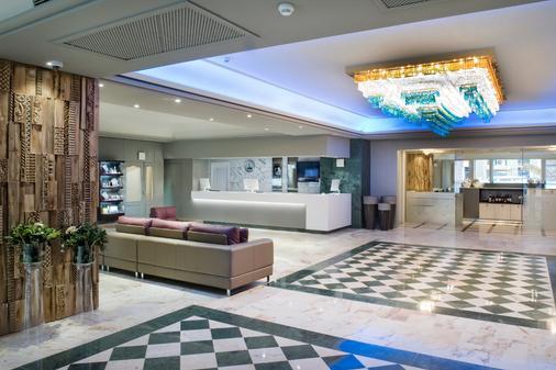 佩雷四世萨勒酒店 - 巴塞罗那 - 柜台