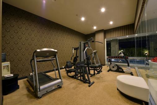 茂物皇家酒店 - 茂物 - 健身房