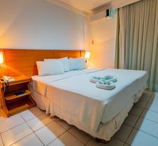 彭塔内格拉纳塔尔海滩酒店