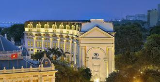 希尔顿河内歌剧酒店 - 河内 - 建筑