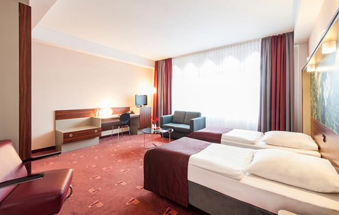 科隆市中心阿兹姆酒店 - 科隆 - 睡房