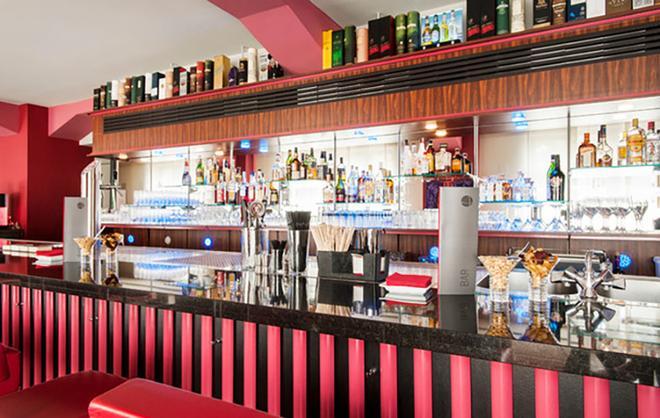 科隆市中心阿兹姆酒店 - 科隆 - 酒吧