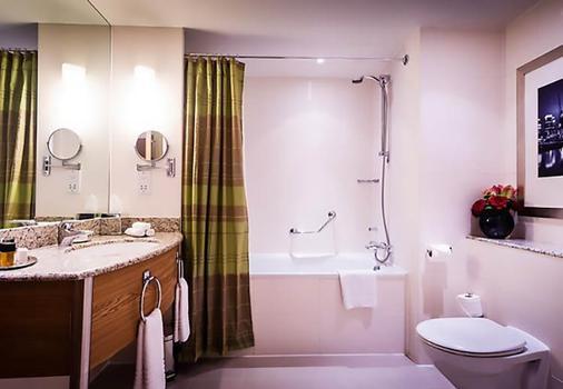 伦敦西印度码头万豪酒店 - 伦敦 - 浴室