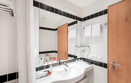 慕尼黑东城阿兹姆特酒店 - 慕尼黑 - 浴室