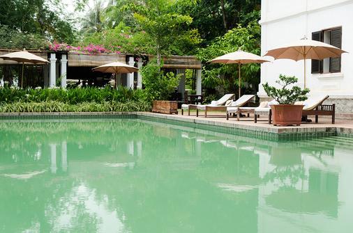 萨特里豪斯秘密度假酒店 - 琅勃拉邦 - 游泳池