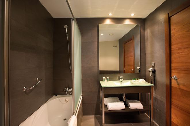 F&G洛格罗尼奥酒店 - 洛格罗尼奥 - 浴室