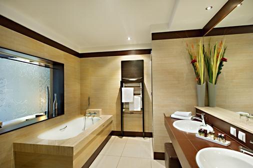 豪华精品酒店 - Rzeszow - 浴室