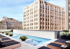 特朗普休南酒店 - 纽约 - 游泳池