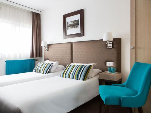 欧洲里尔酒店 - 里尔 - 睡房