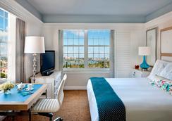 唐塞萨尔酒店 - 圣彼得海滩 - 睡房