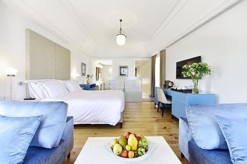 圣地亚哥阿尔法玛精品酒店 - 里斯本 - 睡房