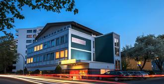 瑟万提斯酒店 - 科隆 - 建筑