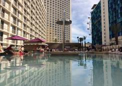 巴利拉斯维加斯赌场度假酒店 - 拉斯维加斯 - 游泳池