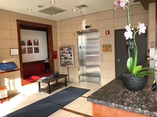 蔤蒙莎酒店 - 纽约 - 大厅