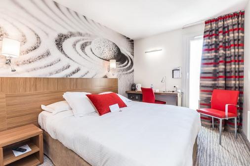 卡西扎西佳plus酒店 - 比亚里茨 - 睡房