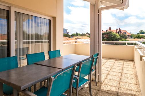 卡西扎西佳plus酒店 - 比亚里茨 - 阳台