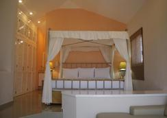 伊斯拉马萨特兰岛黄金度假酒店 - 马萨特兰 - 睡房