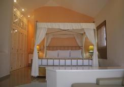 马萨特兰岛住宅俱乐部酒店 - 马萨特兰 - 睡房