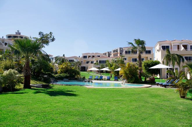 马萨特兰岛住宅俱乐部酒店 - 马萨特兰 - 游泳池