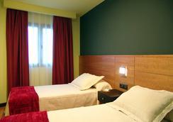 布埃纳维斯塔酒店 - 昆卡 - 睡房