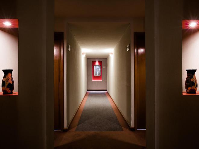 塞拉亚米森快捷酒店 - 塞拉亚 - 门厅