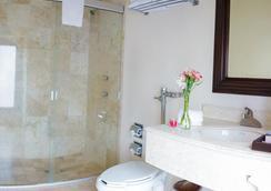 莫雷利亚米西安教堂酒店 - 莫雷利亚 - 浴室
