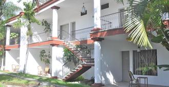 米西翁库埃纳瓦卡达酒店 - 库埃纳瓦卡 - 建筑