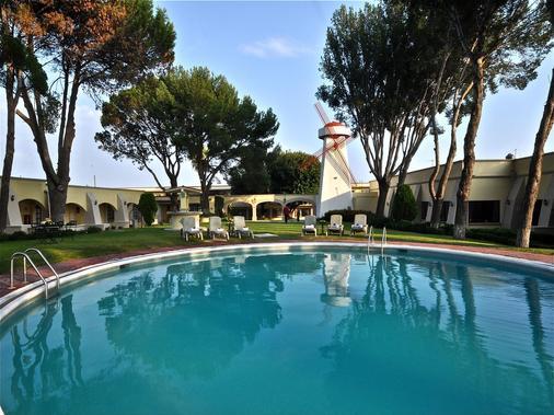 米西翁圣米格尔德阿连德酒店 - San Miguel de Allende - 游泳池