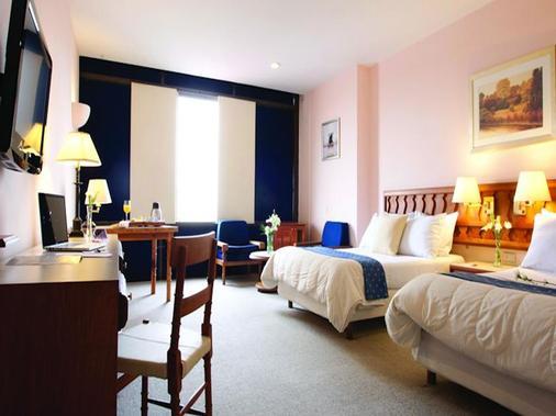 米歇恩瓜达拉哈拉卡尔顿酒店 - 瓜达拉哈拉 - 睡房