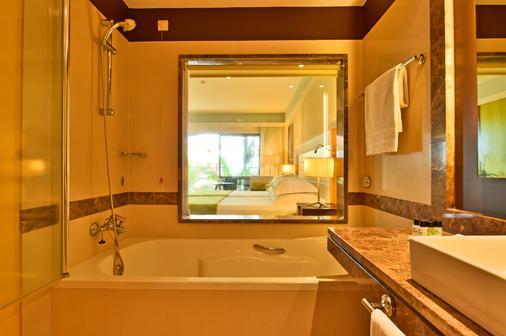 佩斯塔纳长廊海洋度假酒店 - 丰沙尔 - 浴室