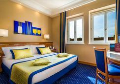 戴克里泽诺酒店 - 罗马 - 睡房