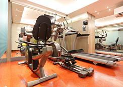 曼谷维居公寓酒店 - 曼谷 - 健身房