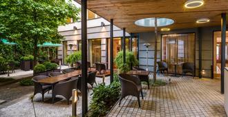 布拉格三皇冠酒店 - 布拉格 - 露台