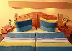 西门子酒店 - 奥斯纳布吕克 - 睡房