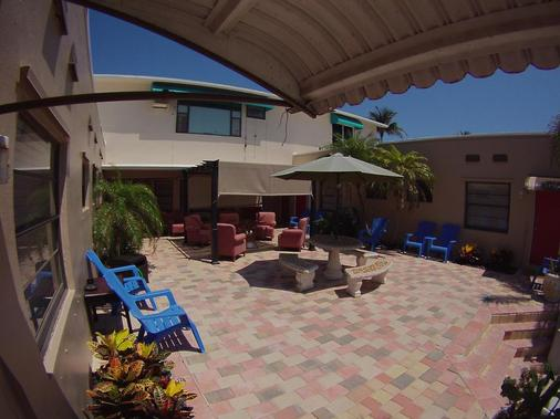 阳光海滩宾馆 - 好莱坞 - 户外景观