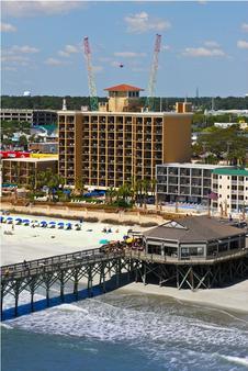 默特尔海滩凉亭假日酒店 - 默特尔比奇 - 建筑