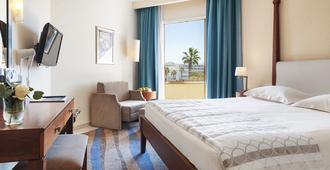 亚历山大海滩酒店 - 帕福斯