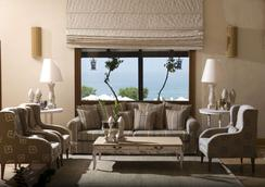 克雷塔马里斯海滩度假村 - 式 - 赫索尼索斯 - 大厅