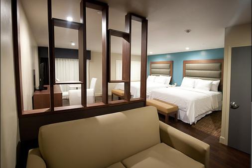 林荫大道水疗酒店 - 洛杉矶 - 睡房