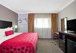 洛杉矶市中心西华美达酒店 - 洛杉矶 - 睡房