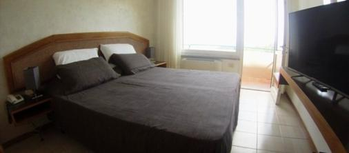 阿瓜维瓦公园酒店 - 费拉约港 - 睡房