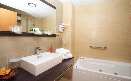 高级公园酒店 - 杜布罗夫尼克 - 浴室