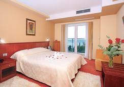 高级公园酒店 - 杜布罗夫尼克 - 睡房