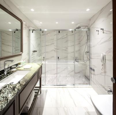 柏林泰坦尼克公路别墅 - 柏林 - 浴室