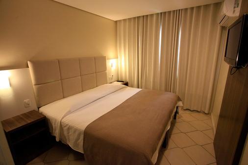 奎伦西亚旅馆 - 格拉玛多 - 睡房