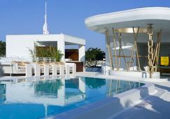 梦南海滩酒店 - 迈阿密海滩 - 游泳池