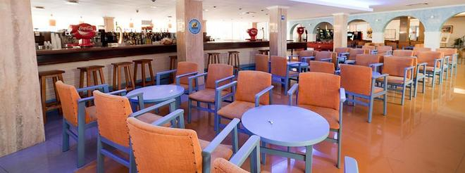 普拉亚索尔马雷诺斯特鲁姆酒店 - 伊维萨镇 - 酒吧