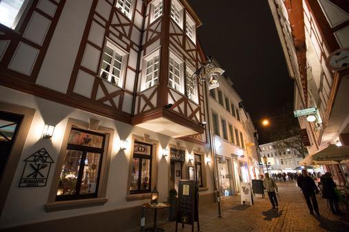钟声浪漫酒店 - 特里尔 - 户外景观